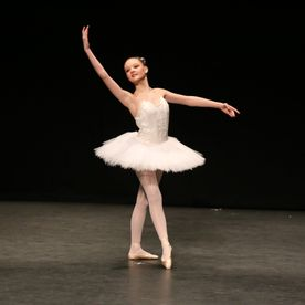 teenage ballet dancer